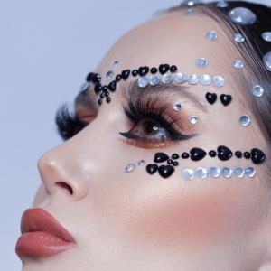 Creative high fasion makeup course 0